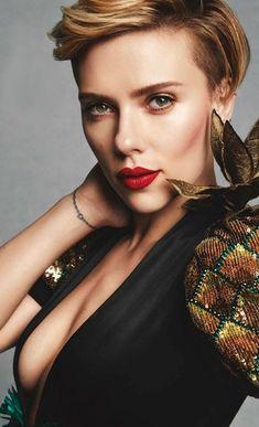 Scarlett Johansson, Scarlett And Jo, Black Widow Scarlett, Beautiful Celebrities, Beautiful Actresses, Hot Hot Picture, Pernas Sexy, Gal Gadot, Shakira