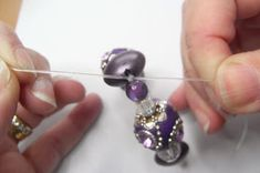 Jewelry Making For Beginners Pulling the double knot in the beading elastic tightly - Beginner's jewellery making project - string a Kashmiri bead bracelet on Stretch Magic beading elastic and learn how to tie a secure knot. Jewelry Knots, Jewelry Crafts, Beaded Jewelry, Beaded Bracelets, Bead Crafts, Jewelry Rings, Making Bracelets With Beads, Diy Bracelets Easy, Bracelet Making