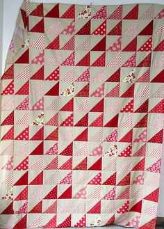 Quilt Inspiration: Free pattern day! Red and white quilts (part two)