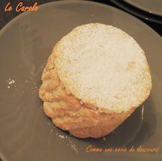 Un gâteau traditionnel de Charleville, entre macaron et meringue Biscuits, Meringue, Lard, Macaron, Bread, Comme, Whipped Cream, Sliced Almonds, Delicious Desserts