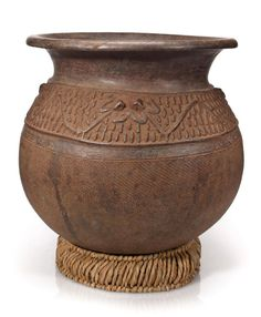 Bonhams Fine Art Auctioneers & Valuers: auctioneers of art, pictures, collectables and motor cars African Pottery, Coil Pots, Art Africain, Ceramic Pots, Art Styles, Western Art, Tribal Art, British Museum, African Art