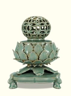 [Goryeo Dynasty (12th century)] Incense Burner, Celadon with Openwork Design