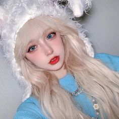 Buy Golden White Long Curly Aesthetic Wig with Free Shipping & Discount    Size (cm/in) Length   One Size 65 / 25.59    Material: Synthetic High Temp Fiber       If you wish to know more about delivery and its timings you should firstly, visit our Shipping Info page to get all the info about order processing and delivery time. Secondly, check out our Returns & Exchange info page. Moreover, you can easily track your parcel from our Track My Order page. Looking for our reviews &am Long Curly Hair, Curly Hair Styles, Blonde Hair Anime Girl, White Blonde Highlights, Gold Wigs, Cute Kawaii Girl, Creamy Blonde, Kawaii Makeup, Uzzlang Girl