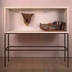 Joseph Beuys - Vitrine, Juxtaposition and resonant form/materiality. Documenta Kassel, Beuys Joseph, Peggy Guggenheim, Fluxus, Artistic Installation, A Level Art, High Art, Abstract Sculpture, Box Art