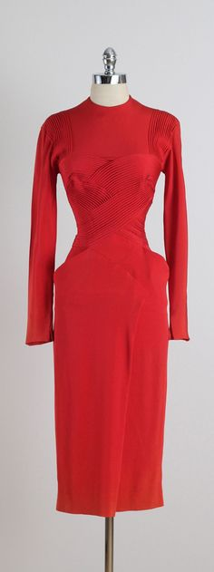 The power of red! Vintage 1940s Dorothy O' Hara Dress Women's vintage 40s fashion clothing outfit