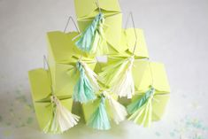 Thursday DIY: tiny crepe paper tassels almalusplaceblog.com