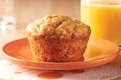 Peanut Butter and Banana Muffins. They make you want to skip the line at the bakery and surprise your family with these tender, moist banana muffins with creamy peanut butter and a whiff of vanilla. Sounds good to me! Peanut Butter Muffins, Peanut Butter Banana, Banana Nut, Kraft Recipes, Moist Banana Muffins, Carrot Muffins, Banana Pancakes, Calumet Baking Powder, Crockpot