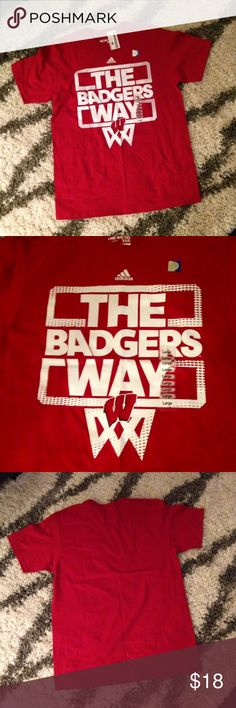 NWT Adidas Men's Wisconsin Badgers T-Shirt Size L NWT! Adidas Tops Tees - Short Sleeve