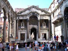 Mausoléu de Diocleciano em Split, na Dalmácia, Croácia.  Fotografia: Beyond silence.