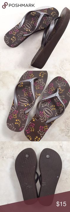 Printed Havaianas Worn only once, perfect condition. Price firm. Havaianas Shoes Sandals