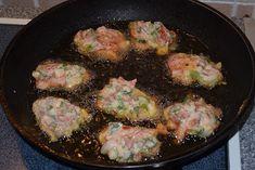 *Ντοματοκεφτέδες -Αλλο πράγμα η γεύση τους !!! ~ ΜΑΓΕΙΡΙΚΗ ΚΑΙ ΣΥΝΤΑΓΕΣ Hot Cross Buns, Iron Pan, Pork, Kale Stir Fry, Pork Chops