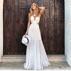 New year 2019 tips for you to rock · Anatomy of a reader can find Anatomy and more on our website.New year 2019 tips for you to rock · Anatomy . Gala Dresses, Formal Dresses, Wedding Dresses, Vestidos Luau, Dressed To The Nines, Look Chic, Look Casual Chic, Feminine Style, Casual Looks