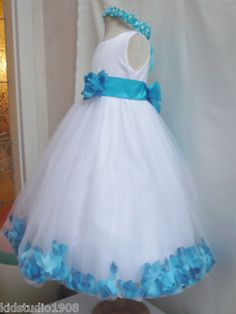 "Cutest flower girl dress ever!!, ""Girls in white dresses with blue satin sashes"":)<3"
