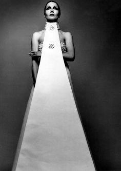 1971. Dress by Sarli. Photo by Richard Avedon (B1923 - D2004)