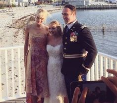 BRANT BEACH, New Jersey — She's not your usual wedding crasher. Taylor Swift gave a bride and groom in New Jersey an amazing surprise on Saturday night. According to PEOPLE, the groom …