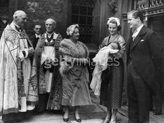 Queen Mother, Frances and Johnnie Spencer with Diana.