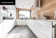 Kitchen Dinning Room, Kitchen Room Design, Modern Kitchen Design, Kitchen Layout, Home Decor Kitchen, Kitchen Interior, Kitchen Tiles, Küchen Design, House Design