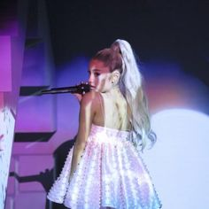 """First Look: Ariana Grande Appears As Whole-Show Guest On Jimmy Fallon's """"Tonight Show"""""""
