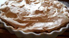 Bagt æblekage med marengslåg