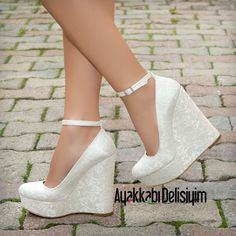 Anji Dantel Krem Rengi Dolgu Topuklu Ayakkabı Wedding shoes with high heels in Bridal Shoes Wedges, Wedge Wedding Shoes, Wedding Shoes Bride, Bridal Heels, Bride Shoes, Platform Wedding Shoes, Fancy Shoes, Pretty Shoes, Sexy High Heels