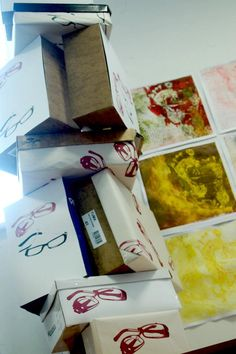 printing project Screen Printing, Container, Gift Wrapping, Create, Artwork, Projects, Prints, How To Make, Screen Printing Press