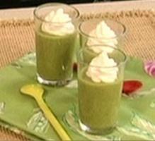 Recette - Verrine de velouté de courgettes chantilly au citron - Notée 4.3/5 par les internautes