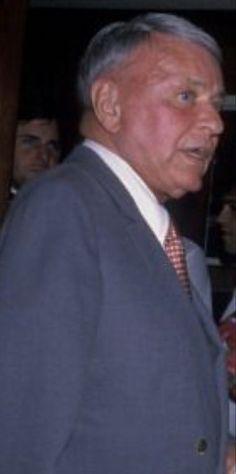 Franck Sinatra, Music Happy, In Loving Memory, American Singers, Blue Eyes, The Voice, Memories, Gustav Klimt, Actors