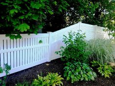Semi-Privacy Vinyl Fencing
