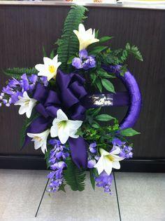 Easter memorial wreath 3 store 4930