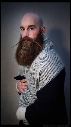 Foto - Google Foto Badass Beard, Epic Beard, Sexy Beard, Beard And Mustache Styles, Beard No Mustache, Hair And Beard Styles, Bald With Beard, Bald Man, Great Beards