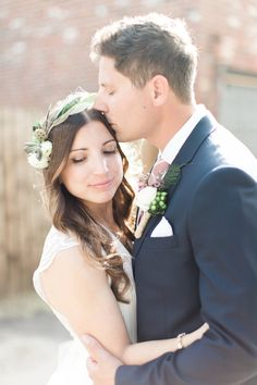 Mattress Factory Wedding   Carmen + Sean   Maroom and Purple Details   Fine Art Wedding Photography   Lauren Renee Designs   Pittsburgh, PA