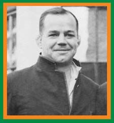 #rugby history Died today 03/05 in 1988 : Boy Louw (South Africa) played v Ireland in 1931     http://www.ticketsrugby.com/rugby-tickets/games/Ireland-South-Africa-rugby-tickets.php