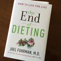 I just reviewed Dr. Fuhrman's book, The End of Dieting...plus I'm hosting a giveaway for a free copy! #nutritarian #eattolive #healthy