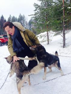 Almost 3am, MUST SLEEP BUT CAN'T! <3 him {Benedict was good driving Jags on ice in Finland. A dog lover too.}