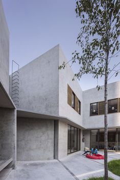 Gallery of Walden Dos School / Miguel Montor - 2