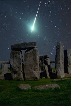 Stone Henge, Somerset Dance under the Full Moon, what a Blessing that would be.