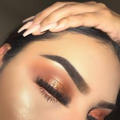 MAKEUP / MAQUILLAGE #makeup #make #up #maquillage #stepbystep #step #eye #tutorial #eyeshadow #mood #baddies #pin #pinner #pinners #pinterest #love #lovemakeup #lovemaquillage #eyebrows #photography #bold #glitter #glamour #goals #slay #queen