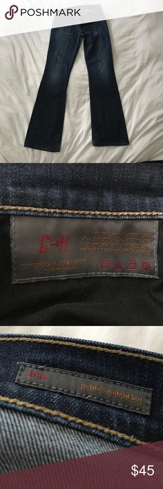 COH Dita Petite Bootcut Size 27 Great condition. Some wear on bottom cuff. No thinning on inner thigh. Make an offer! Citizens of Humanity Jeans Boot Cut