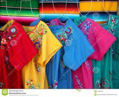 Risultati immagini per messicani vestiti