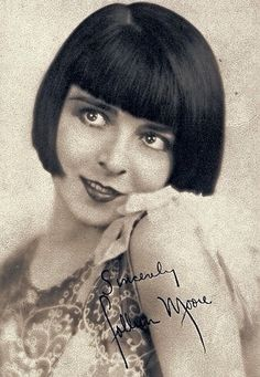Colleen Moore, 1920s. Colleen Moore was an actress who played the part of the Flapper. While Louise Brooks, Clara Bow and Constance Talmadge all lived, to some degree, the life of a Flapper in real life, Colleen merely portrayed this type of woman on screen. Off screen, she was a thoughtful woman who took her career very seriously.