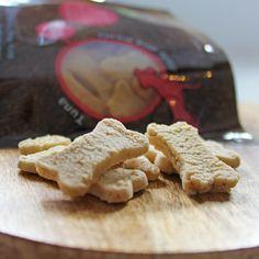 Tribal Tuna Dog Treats Tuna Dog, Natural Dog Treats, Healthy Dog Treats, Cookies, Dogs, Desserts, Crack Crackers, Tailgate Desserts, Deserts