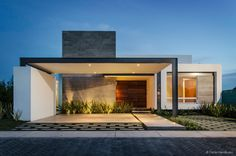 Awesome Casas Modernas Casa Moderna Un Piso Design Ideas for Your Home Decorating and Home Remodeling of The Years Residential Architecture, Contemporary Architecture, Interior Architecture, Modern Contemporary, Modern Exterior, Exterior Design, House Ideas, One Story Homes, Facade House