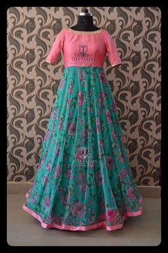Long Gown Dress, Frock Dress, Saree Dress, Salwar Designs, Kurta Designs Women, Frock Design, Designer Anarkali Dresses, Designer Dresses, Frock Models