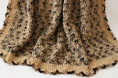 ⛺ Crochê Afegão Cobertor Lustre Marrom itens Decorativos Criações -  /  ⛺ Crochet Afghan Blanket Buff  Brown Knacks Creations -
