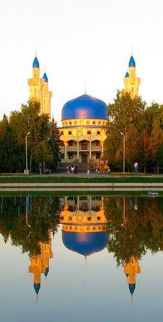 Maykop Mosque, Adygea Republic, Russia Майкопская_мечеть.