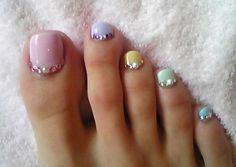 Pastel toes nail polish
