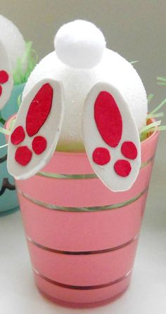 Bunny Tail Treat Cups ~ Adorable and Easy Easter Idea for the kids!