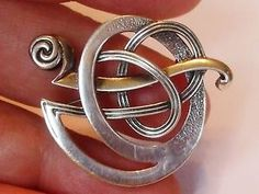 STERLING SILVER BROOCH BY OLA GORIE KELLS BROOCH SCOTTISH 925
