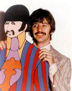 Ringo Starr, The Beatles, Yellow Submarine Les Beatles, Beatles Art, Beatles Photos, Ringo Starr, Stuart Sutcliffe, Sheryl Crow, Siouxsie Sioux, Paul Mccartney, John Lennon