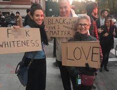 Top Mayor Bill de Blasio Aide Posts Photo of Vulgar, Racist Sign